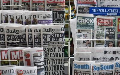 What types of headlines grab attention?